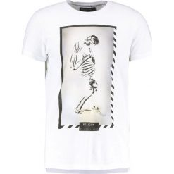 T-shirty męskie z nadrukiem: Religion POLAROID TEE Tshirt z nadrukiem white