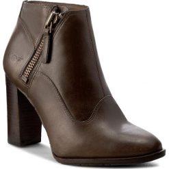 Botki UGG - W Dolores 1016944 W/Wal. Szare buty zimowe damskie marki Ugg, z materiału, z okrągłym noskiem. W wyprzedaży za 499,00 zł.