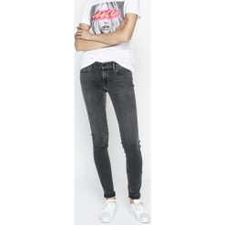 Levi's - Jeansy 710. Brązowe jeansy damskie rurki marki Levi's®, z obniżonym stanem. Za 399,90 zł.