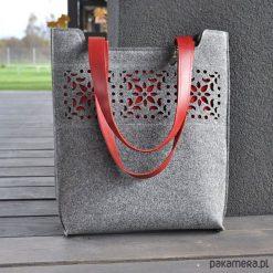 Torebka filcowa - z motywem ażurowym - szara. Szare torebki klasyczne damskie Pakamera, w ażurowe wzory. Za 150,00 zł.