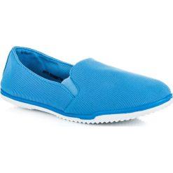 Trampki damskie slip on: Niebieskie tekstylne trampki IZABELLA