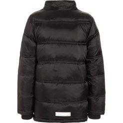 Name it NITMOHIL CAMP Kurtka puchowa black. Szare kurtki chłopięce zimowe marki Name it, z materiału. W wyprzedaży za 175,20 zł.
