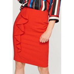 Spódniczki: Ołówkowa spódnica z falbaną – Pomarańczo