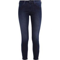 Lee SCARLETT CROPPED Jeans Skinny Fit midnight worn. Niebieskie jeansy damskie marki Lee, z bawełny. W wyprzedaży za 223,30 zł.