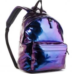 Plecak EASTPAK - Padded Pak'r EK620 Pearl Purple 67U. Fioletowe plecaki męskie Eastpak, z lakierowanej skóry. Za 339,00 zł.