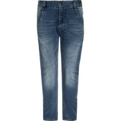 Name it NITTINGO Jeansy Slim Fit medium blue denim. Czerwone jeansy chłopięce marki Name it, l, z nadrukiem, z okrągłym kołnierzem. Za 149,00 zł.