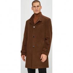 Pierre Cardin - Płaszcz. Brązowe płaszcze na zamek męskie Pierre Cardin, z materiału. W wyprzedaży za 869,90 zł.