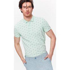 Koszulki polo: T-SHIRT POLO MĘSKI Z NADRUKOWANYM WZOREM