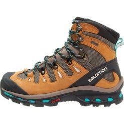 Salomon QUEST 4D 2 GTX  Buty trekkingowe shrew/camel gold/teal blue. Brązowe buty trekkingowe damskie Salomon, z gumy. W wyprzedaży za 674,25 zł.