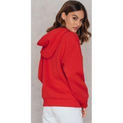 Bluzy rozpinane damskie: Statement By NA-KD Influencers Bluza Freja Wewer - Red