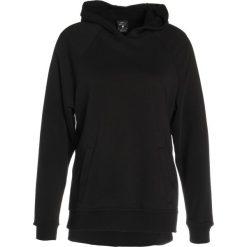 Bluzy rozpinane damskie: Nike Performance VERSA Bluza z kapturem black/white