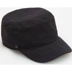 Czapka fidelka - Czarny. Czarne czapki zimowe męskie Reserved. Za 39,99 zł.