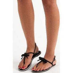 Chodaki damskie: Eleganckie sandały japonki Via giulia