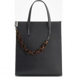 Torebka z szylkretowym łańcuchem - Czarny. Czarne torebki klasyczne damskie Reserved. Za 149,99 zł.