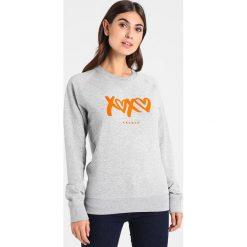 Bluzy rozpinane damskie: Amorph Berlin XOXO FLOCK Bluza grey/orange