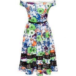 Sukienka w kwiaty bonprix zielono-biały. Białe sukienki hiszpanki bonprix, w kwiaty, z koronki, z kołnierzem typu carmen. Za 89,99 zł.