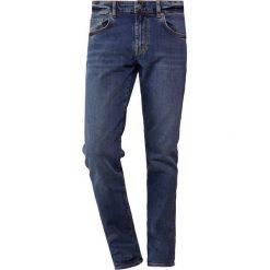 J.LINDEBERG JAY SUBTLY WORN Jeansy Slim Fit mid blue. Niebieskie jeansy męskie relaxed fit J.LINDEBERG. Za 549,00 zł.