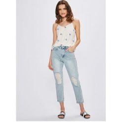 Vero Moda - Jeansy Nineteen. Niebieskie boyfriendy damskie marki Vero Moda, z bawełny. W wyprzedaży za 129,90 zł.