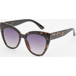 Okulary przeciwsłoneczne - Brązowy. Brązowe okulary przeciwsłoneczne damskie lenonki Reserved. Za 39,99 zł.