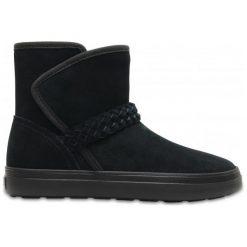 Crocs Buty Zimowe Lodgepoint Suede 39.5. Brązowe buty sportowe damskie marki Crocs, z gumy, narciarskie. W wyprzedaży za 279,00 zł.