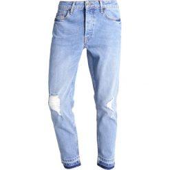 Topman Jeansy Zwężane mid blue. Niebieskie jeansy męskie marki Topman. W wyprzedaży za 183,20 zł.
