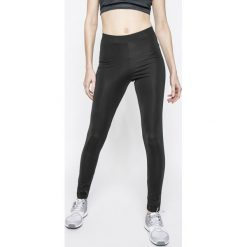 Adidas Originals - Legginsy. Szare legginsy adidas Originals, s, z aplikacjami, z dzianiny. Za 149,90 zł.