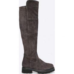 Tamaris - Kozaki. Czarne buty zimowe damskie marki Kazar, ze skóry, na wysokim obcasie, na obcasie. W wyprzedaży za 199,90 zł.