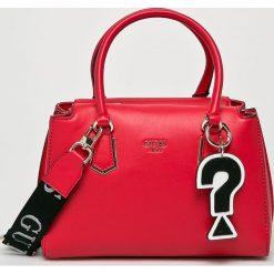 Guess Jeans - Torebka. Czerwone torebki klasyczne damskie marki Reserved, duże. Za 629,90 zł.