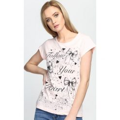 Różowy T-shirt Losing My Mind. Czerwone bluzki damskie marki Born2be, l. Za 19,99 zł.