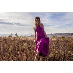 Sukienka BOHEMA fuksja długa. Czerwone długie sukienki Pakamera, z wiskozy, z długim rękawem. Za 279,00 zł.