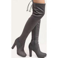 Ciemnoszare Kozaki Pretty Hurts. Czarne buty zimowe damskie marki Kazar, ze skóry, na wysokim obcasie. Za 119,99 zł.