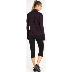 Nike Performance RUNNING DRY Koszulka sportowa bordeaux/heather/reflective silver. Brązowe topy sportowe damskie marki N/A, w kolorowe wzory. W wyprzedaży za 164,25 zł.