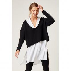 Sweter w kolorze czarnym. Czarne swetry klasyczne damskie marki SCUI. W wyprzedaży za 139,95 zł.