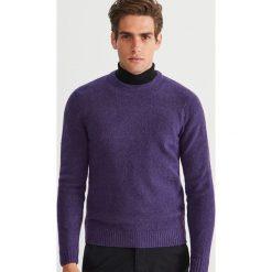 Sweter - Fioletowy. Fioletowe swetry klasyczne męskie marki Reserved, l. Za 99,99 zł.