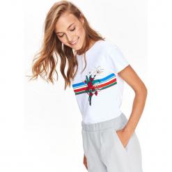 T-SHIRT KRÓTKI RĘKAW DAMSKI Z NADRUKIEM. Szare t-shirty damskie Top Secret, z nadrukiem, z bawełny. Za 24,99 zł.