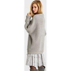 Swetry klasyczne damskie: Naoko - Sweter Keep Me Warm x Edyta Górniak
