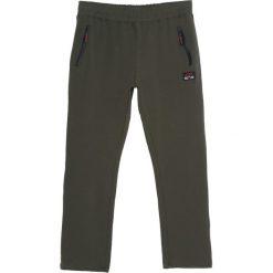 Ciemnozielone Spodnie Dresowe Fat City. Czarne spodnie dresowe męskie marki Born2be, l, z aplikacjami, z dresówki. Za 49,99 zł.