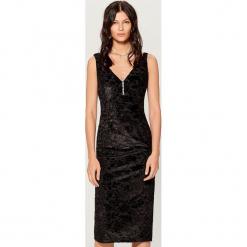 Sukienka midi bez rękawów - Czarny. Czarne sukienki marki Mohito, l, bez rękawów, midi. Za 99,99 zł.