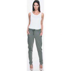 Odzież sportowa damska: Khaki Dresowe Spodnie z Lampasami