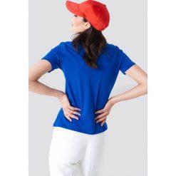NA-KD T-shirt NA-KD Logo - Blue. Niebieskie t-shirty damskie NA-KD, z klasycznym kołnierzykiem. W wyprzedaży za 42,67 zł.