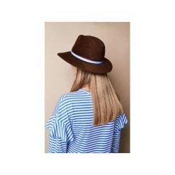 Kapelusz Krysia. Brązowe kapelusze damskie marki Jolie su, z wełny. Za 750,00 zł.