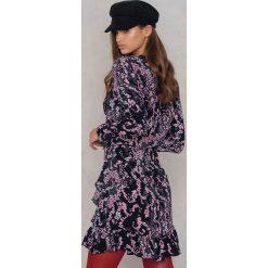 Sukienki hiszpanki: Just Female Sukienka Theia – Black