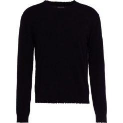 Zadig & Voltaire LIAM Sweter noir. Czarne swetry klasyczne męskie marki Zadig & Voltaire, m, z kaszmiru. W wyprzedaży za 583,60 zł.