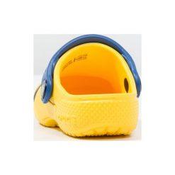 Crocs FUN LAB DESPICABLE ME 3 Sandały kąpielowe yellow. Żółte sandały chłopięce marki Crocs, z gumy. Za 149,00 zł.