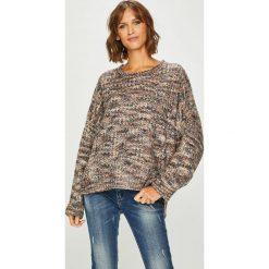 Answear - Sweter. Szare swetry oversize damskie ANSWEAR, uniwersalny, z poliesteru. W wyprzedaży za 99,90 zł.