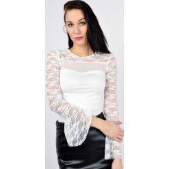 Bluzki asymetryczne: MIękka bluzeczka z koronkowym dekoltem i rękawami