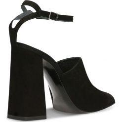 Czółenka INGRID. Czarne buty ślubne damskie Gino Rossi, w paski, ze skóry, na wysokim obcasie, na słupku. Za 169,90 zł.