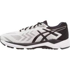 ASICS GELFORTITUDE 8 (2E) Obuwie do biegania treningowe glacier grey/black. Szare buty do biegania męskie Asics, z gumy. Za 549,00 zł.
