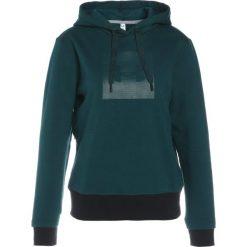 Bluzy damskie: Under Armour THREADBORNE Bluza z kapturem arden green