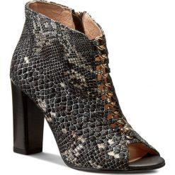 Botki EKSBUT - 66-3912-E76-1G Czarny Licowa. Czarne buty zimowe damskie Eksbut, ze skóry, na obcasie. W wyprzedaży za 219,00 zł.